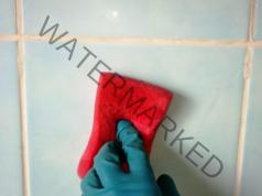 Домашен почистващ препарат за плочки и всякакви повърхности
