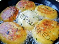 Картофени кюфтета по селски. Трябват ви картофи и подправки