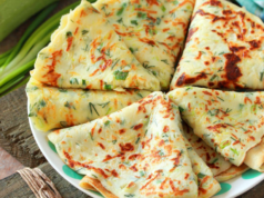 Картофени палачинки със сирене, чесън и подправки