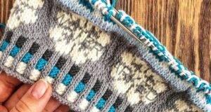Кръгъл шал на две куки в различни цветове с ясен преход