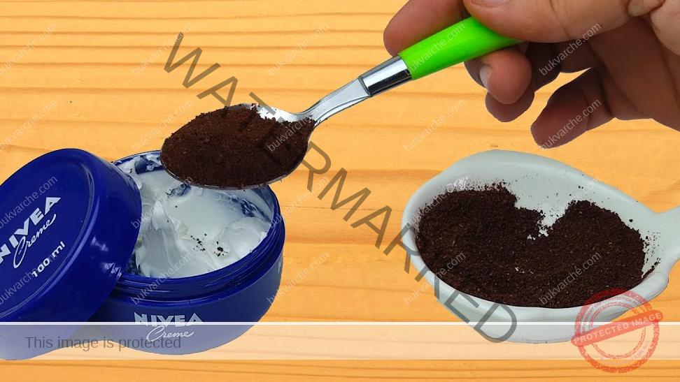 Намаляване на бръчките по лицето с домашна маска с кафе и крем