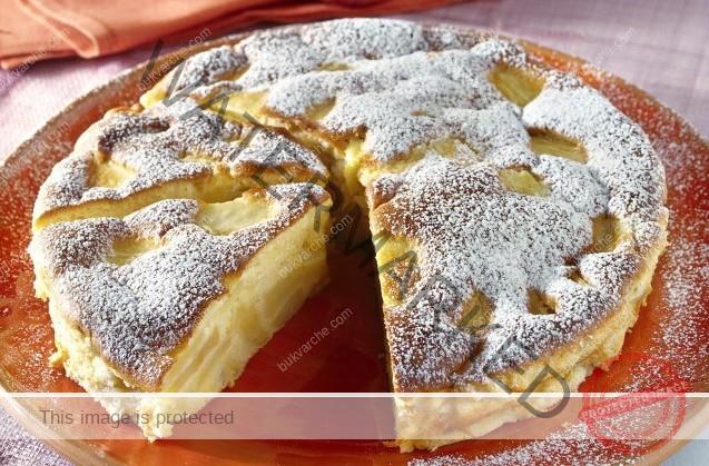 Рецепта за ябълков пай. Трябват ви 2 яйца, брашно и 5 ябълки