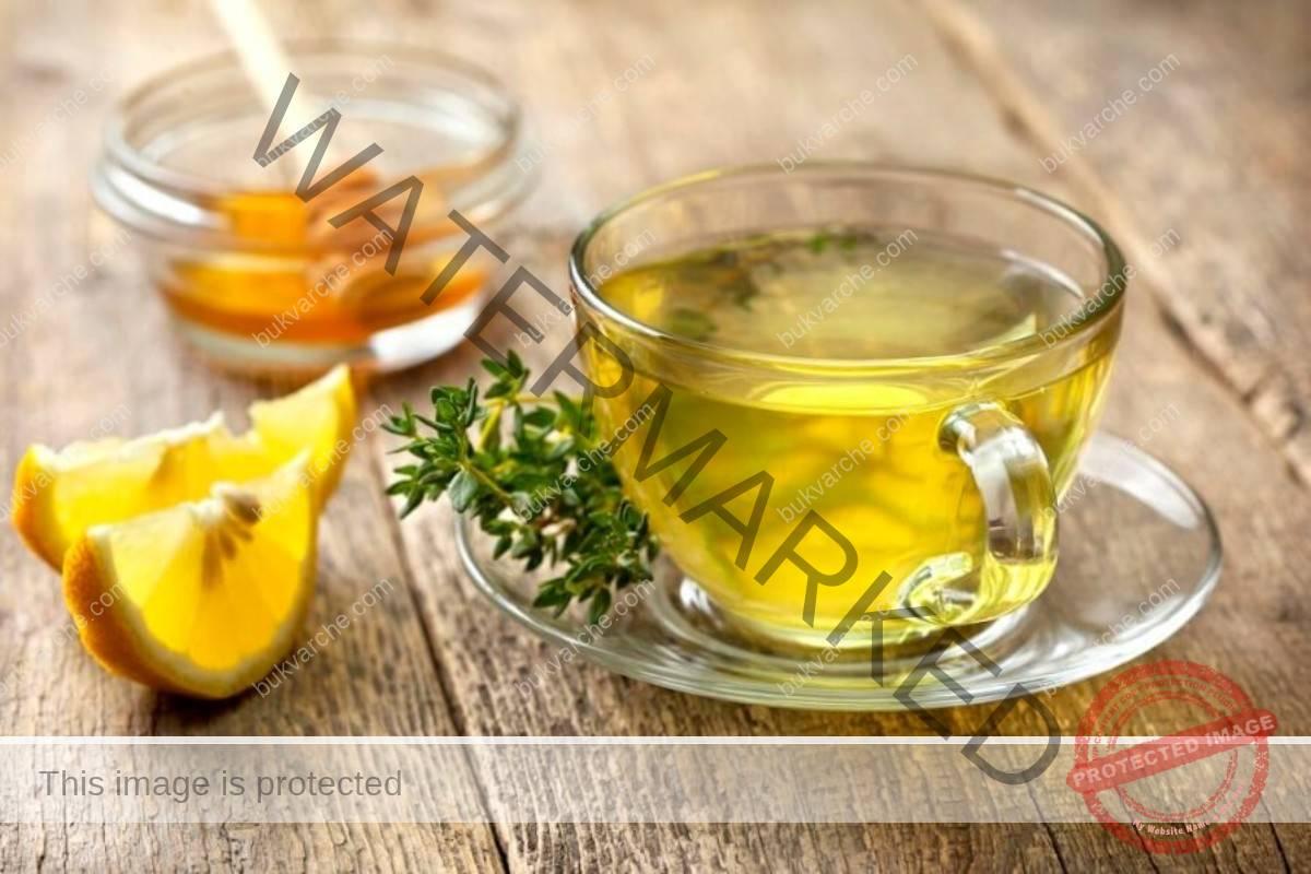 Чай от мащерка с лимон и мед облекчава болките в гърлото