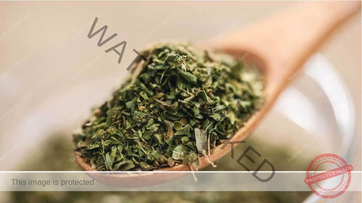 Чай при кашлица, който разрежда гъстия секрет в белите дробове