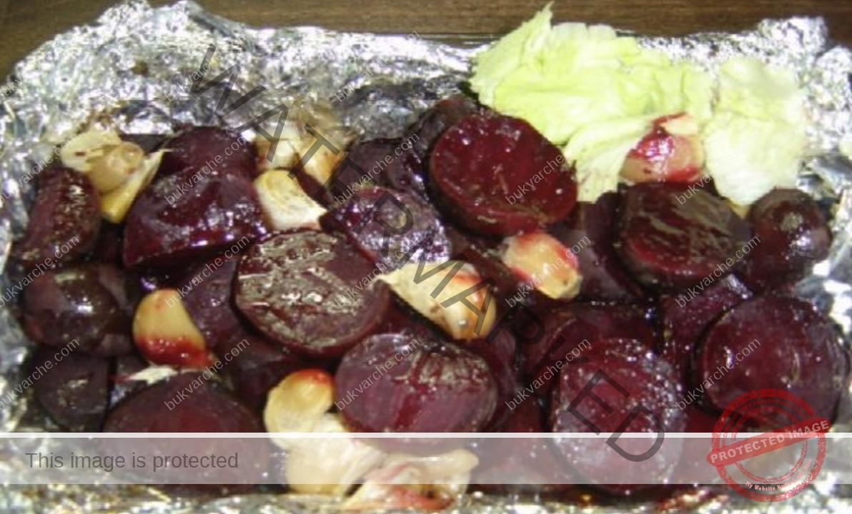 Здравословна вечеря с цвекло, чесън и зехтин. Вкусно и полезно
