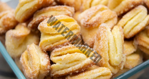 Домашни сладки с масло и крема сирене. Опитайте ги!