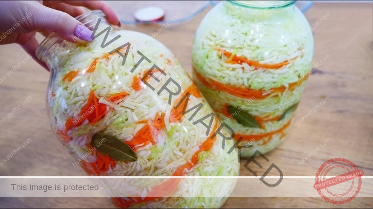 Мариновано зеле с моркови - хрупкаво и вкусно