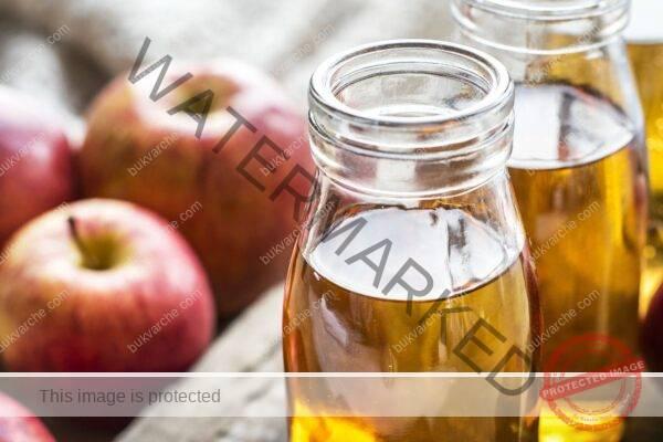 Ябълков оцет срещу пърхот, пигментни петна и сърбеж
