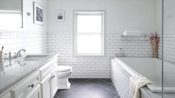 Как да почистите фугите и цялата баня до блясък