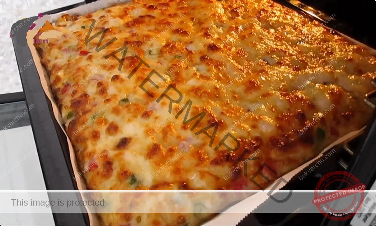 Картофен пай със сирене и чушка - пикантен и вкусен