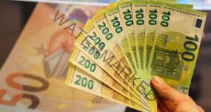 Кой ще забогатее през декември според астролозите?