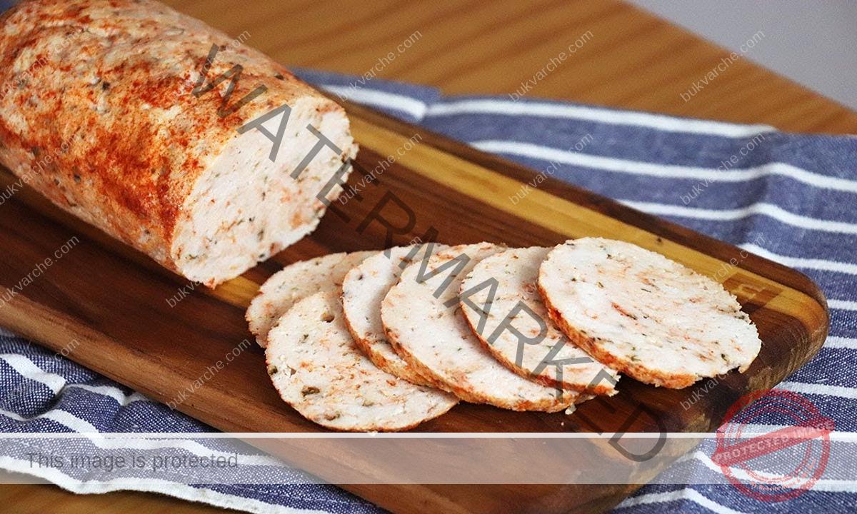 Домашно пилешко руло с ароматни подправки. Лесна рецепта