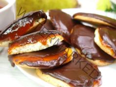 Сладки с шоколадова глазура. Приготвят се от минимум съставки