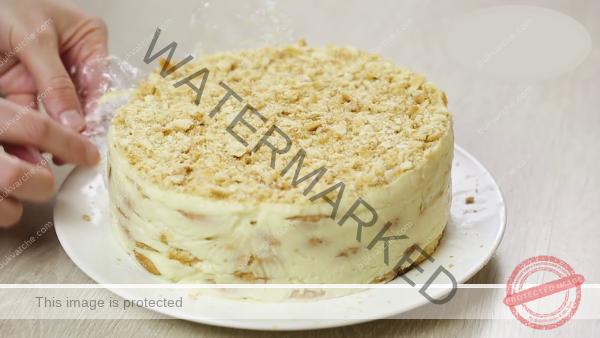 """Торта """"Наполеон"""" без печене: Най-простата и бърза рецепта!"""