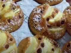 Ябълкови сладки с мед и стафиди. Чудесна идея за десерт