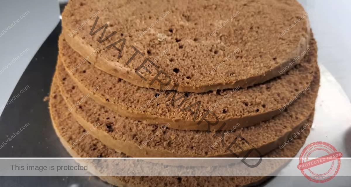Сочна сметанова торта с кокос и шоколадова заливка