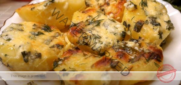 Картофи с масло, чесън и кашкавал - бързо и в вкусно