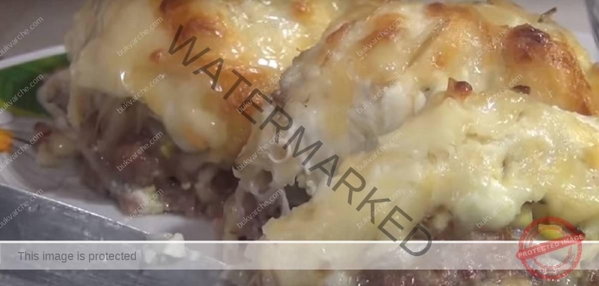 Вкусни кюфтета на фурна със сметана и картофи