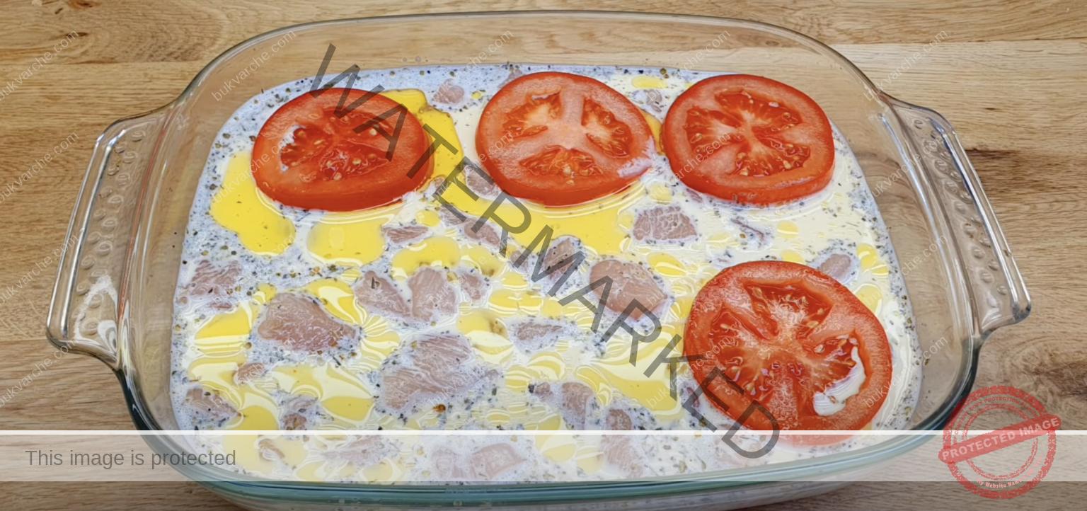 Пилешко в сметанов сос на фурна - вкусна идея за обяд или вечеря