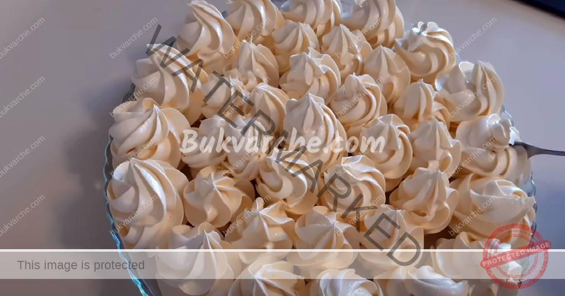 Домашен крем с жълтъци за торти и всякакви сладкиши