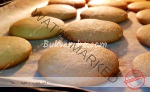 Домашни медени бисквити за неочаквани гости и пости