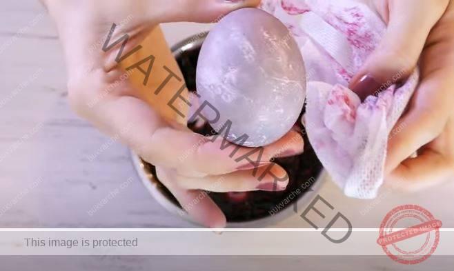 Космически великденски яйца с естествени средства