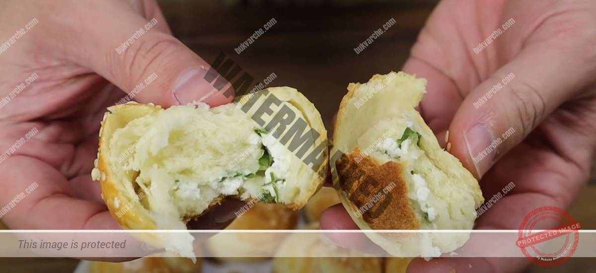 Мини кифлички със сирене и магданоз с интересна форма