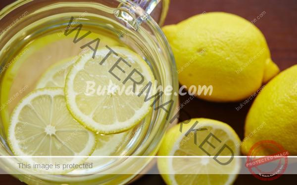 Вода с лимон – напитка за детоксикация и красива кожа