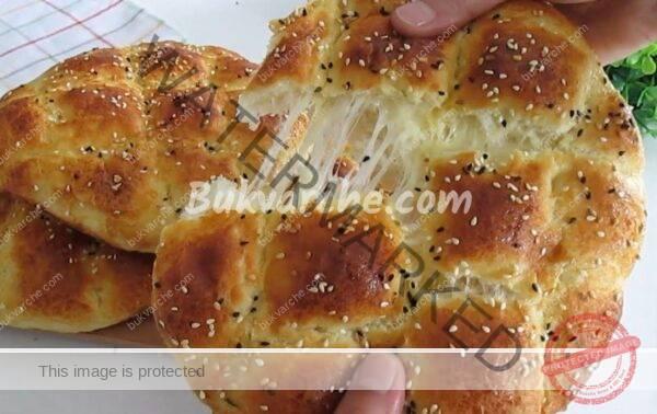 Домашни хлебчета със сирене всеки може да ги направи