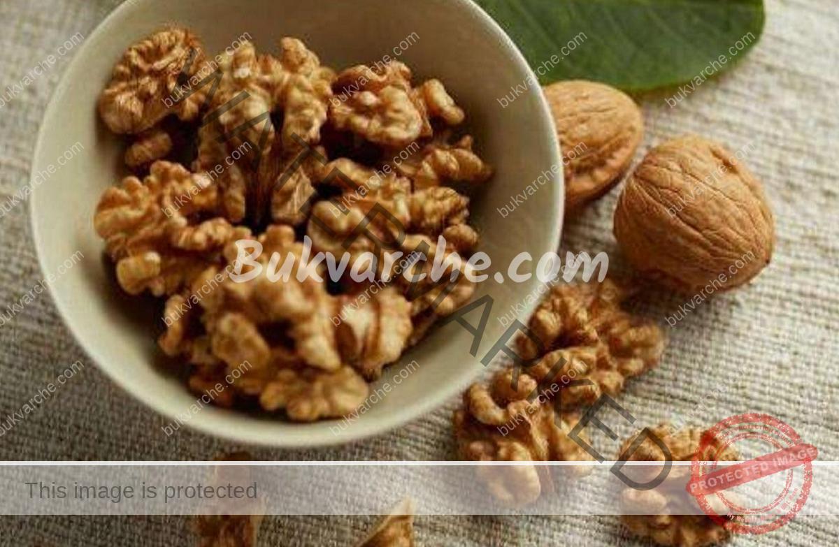Лесно чупене на орехи - с този трик ядките остават цели