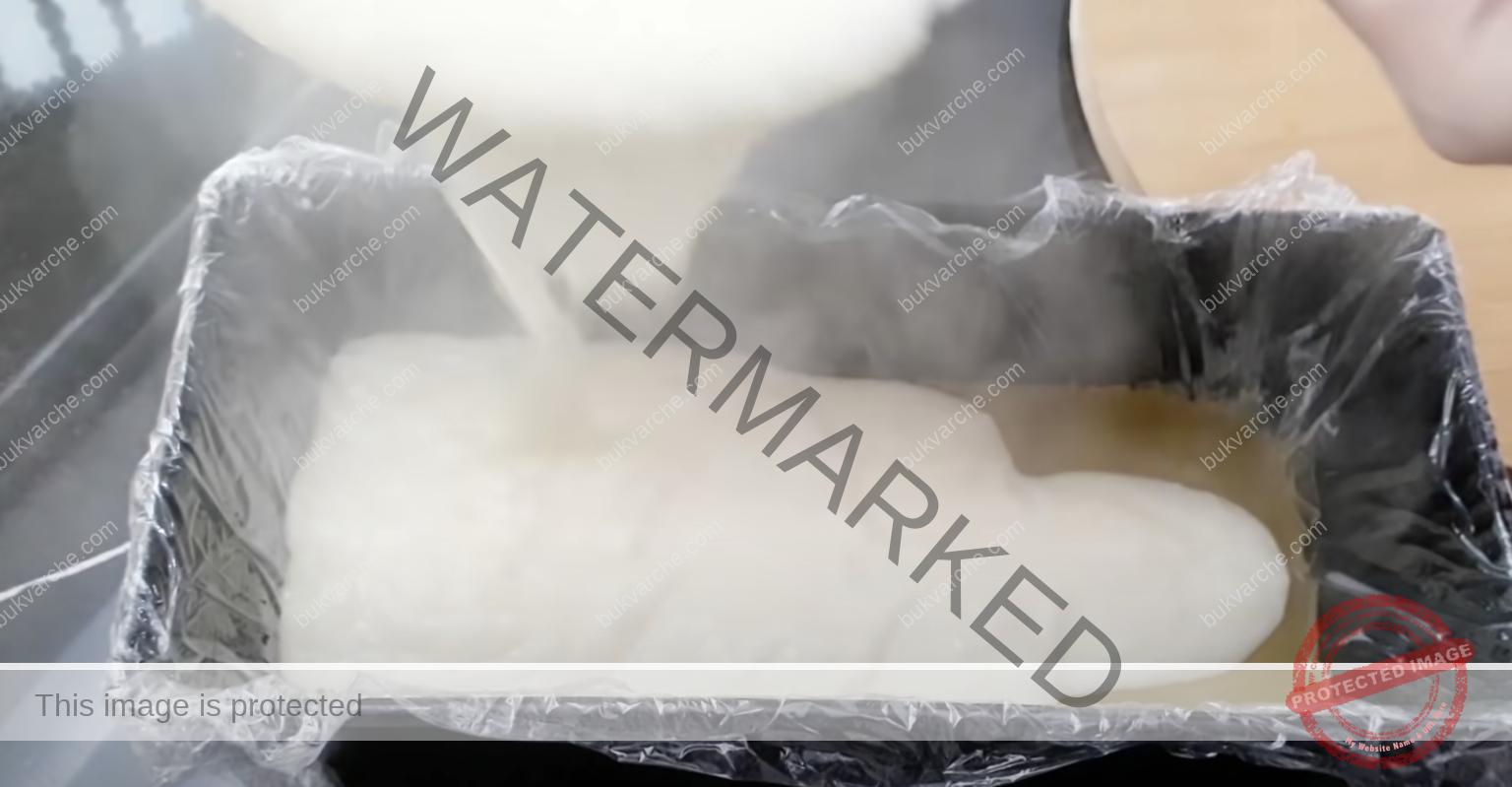 Трицветен кремообразен десерт без печене - топи се в устата