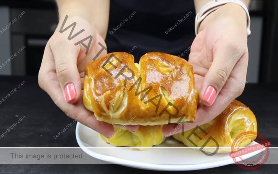 Домашни кифлички с ябълки - сочни и въздушни