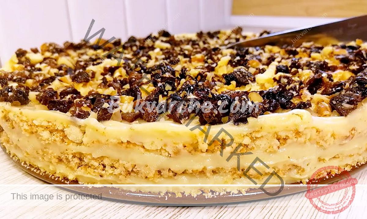 Домашна медена торта с карамелен крем за празничната трапеза