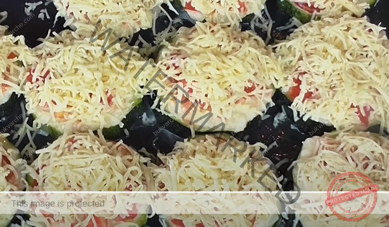 Тиквички с пилешка кайма на фурна: бързо, лесно и вкусно