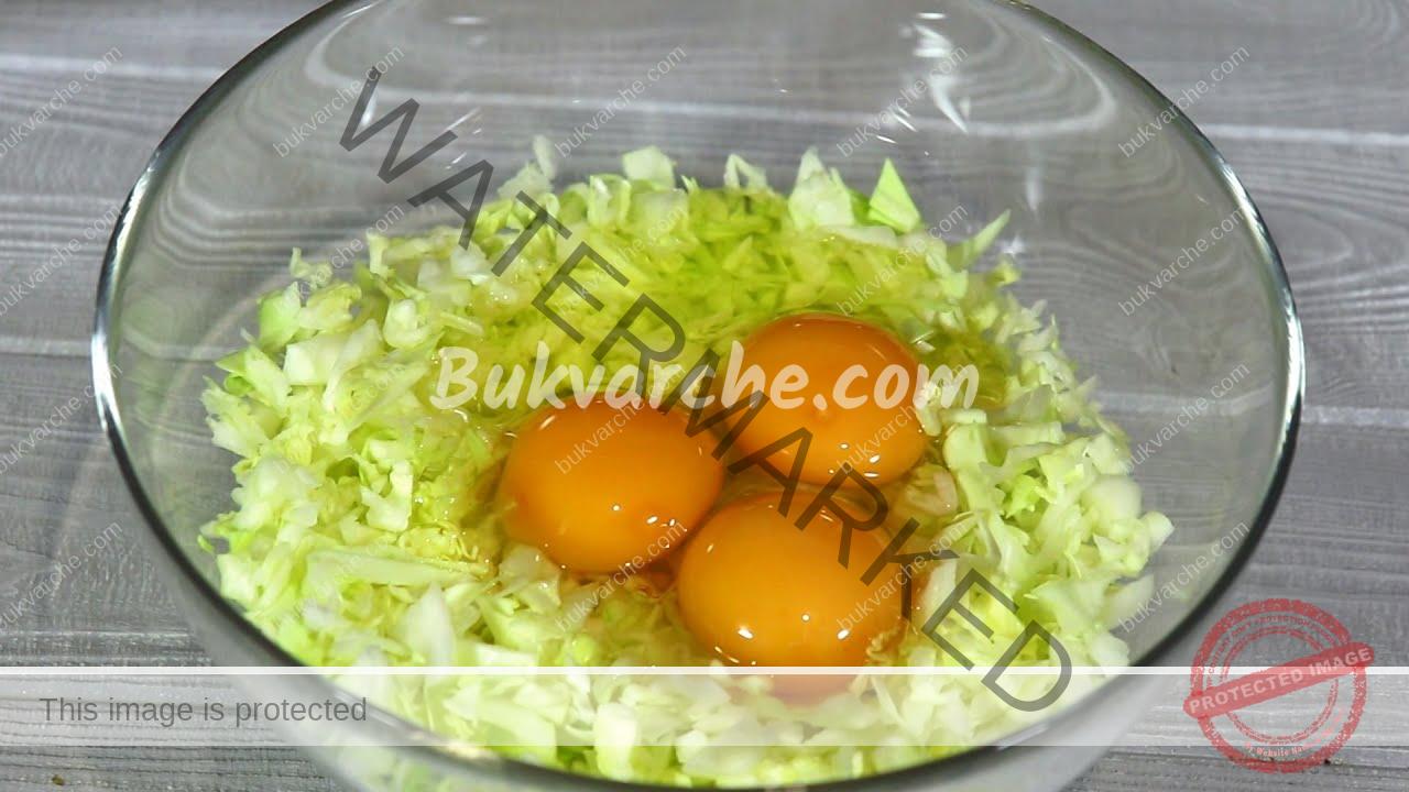 Зеле и яйца на тиган - вкусна рецепта за леко ястие