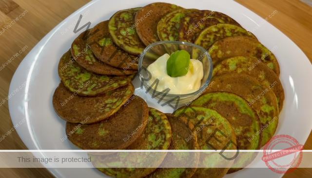Мини палачинки от тиквички с чесън - лесни и вкусни