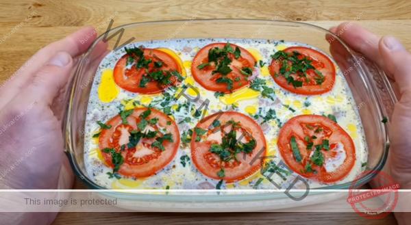 Пилешко в сметаново-чеснов сос на фурна – бързо и вкусно