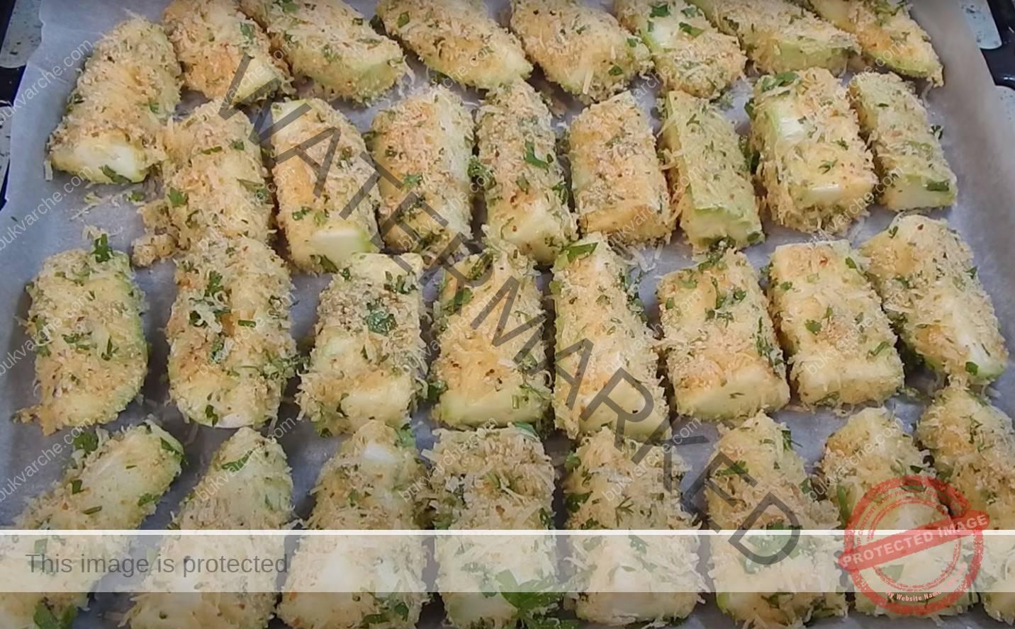 Панирани тиквички на фурна с медено-горчичен сос