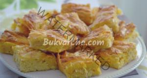 Баница със заливка и пълнеж от сирене - бърза и лесна рецепта
