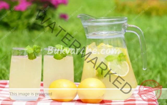 Рецепта за домашна лимонада с лимони и мента