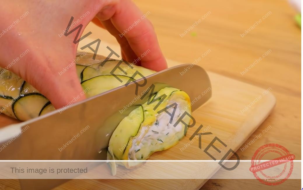 Деликатес от тиквички и крема сирене. Бързо и лесно