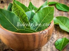 Маска с дафинови листа, която заличава бръчките