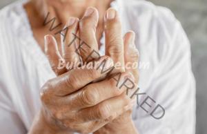 Масло за възпалени стави и болка от две съставки