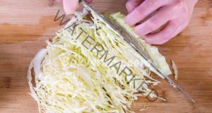 Отслабване със салати от зеле - оригинални рецепти