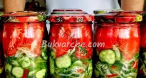 Туршия от домати, краставички, чушки и лук - ароматна и вкусна