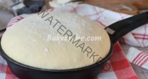 Бърза рецепта за хляб на тиган. Вкусен и ароматен