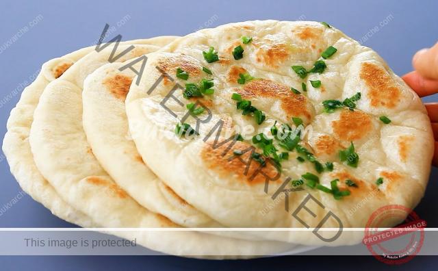 Плосък хляб на тиган, можете да си направите по следната рецепта