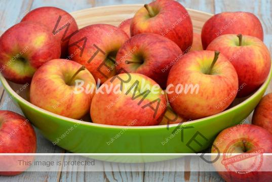 Сваляне на холестерола: консумирайте по две ябълки на ден