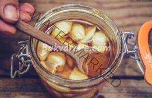 Домашна смес против грип от чесън и мед. Рецепта