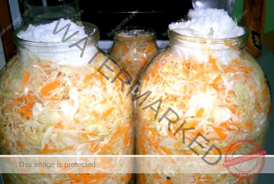 Зеле с моркови в буркани - най-вкусните рецепти